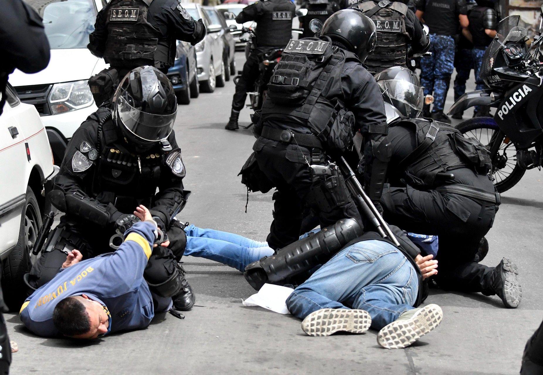 [ ARGENTINA  ] Represion y crimenes del Estado  - Página 2 Imagen_7899